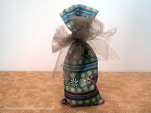 Fabric Gift Bag tutorial007 copy